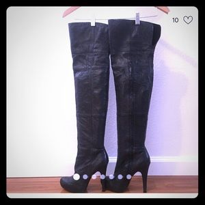 """Report """"nichola"""" over the knee boot"""